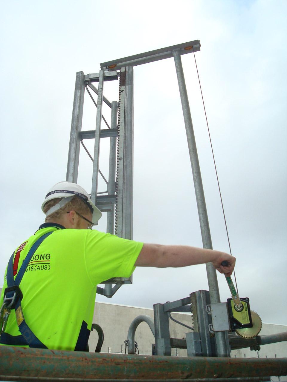 Construction At850 850kg Materials Hoist De Jong